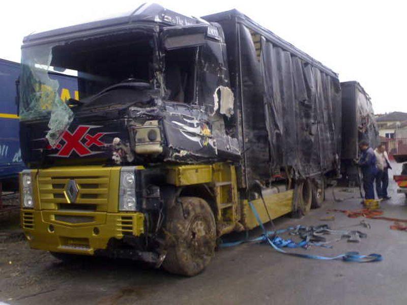 Depannage poids lourds et bus puget sur argens brignoles for Garage skoda puget sur argens